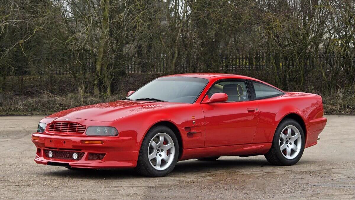 Aston Martin V8 Vantage V550 Secret Classics